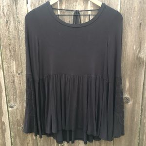 NWT American Eagle bell sleeve top